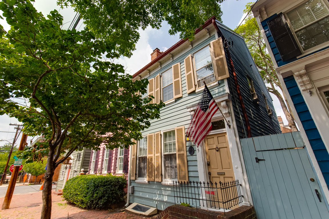 house of the week historic rowhouse in alexandria va