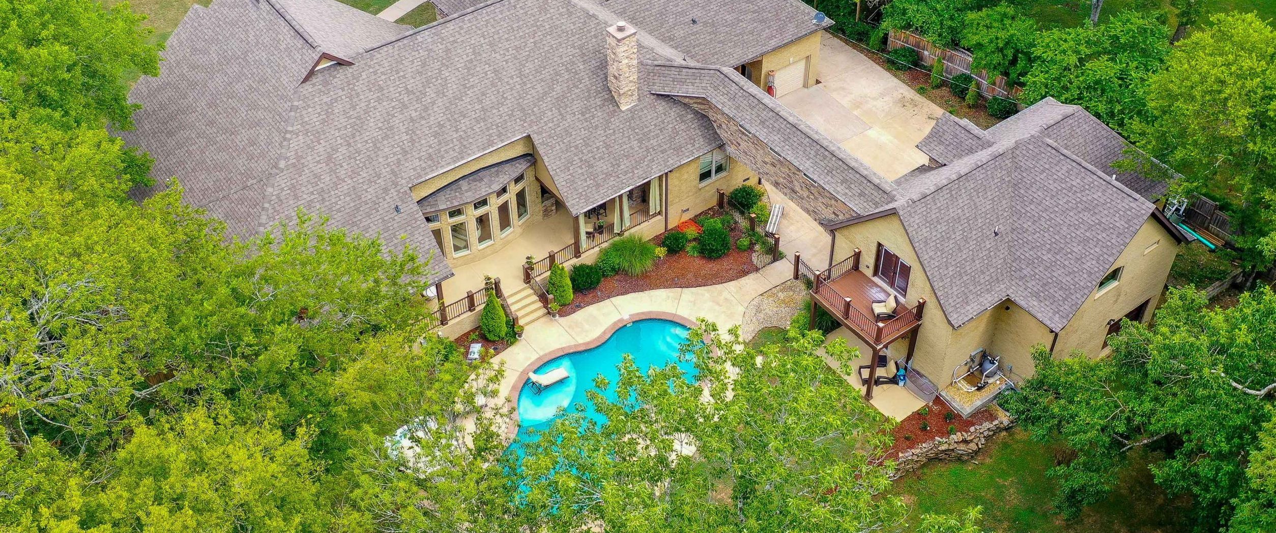 Drone Photography and Videography for Home Amenities